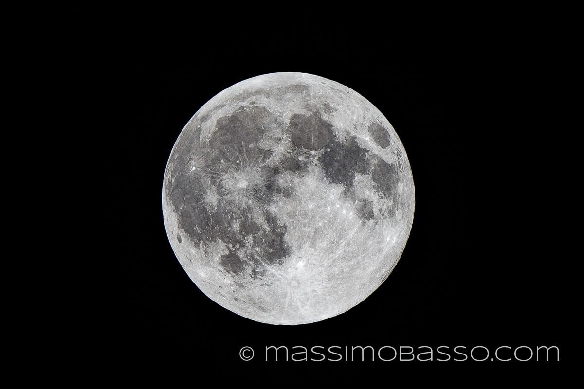 massimobasso.com Luna d'agosto
