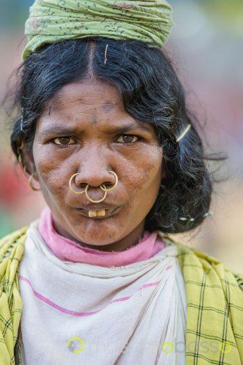 tribù Dongria Kondh tribù Adivasi India Orissa Odisha