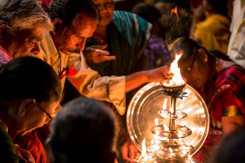Cerimonia Aarti varanasi Chitrakoot (11 di 24)