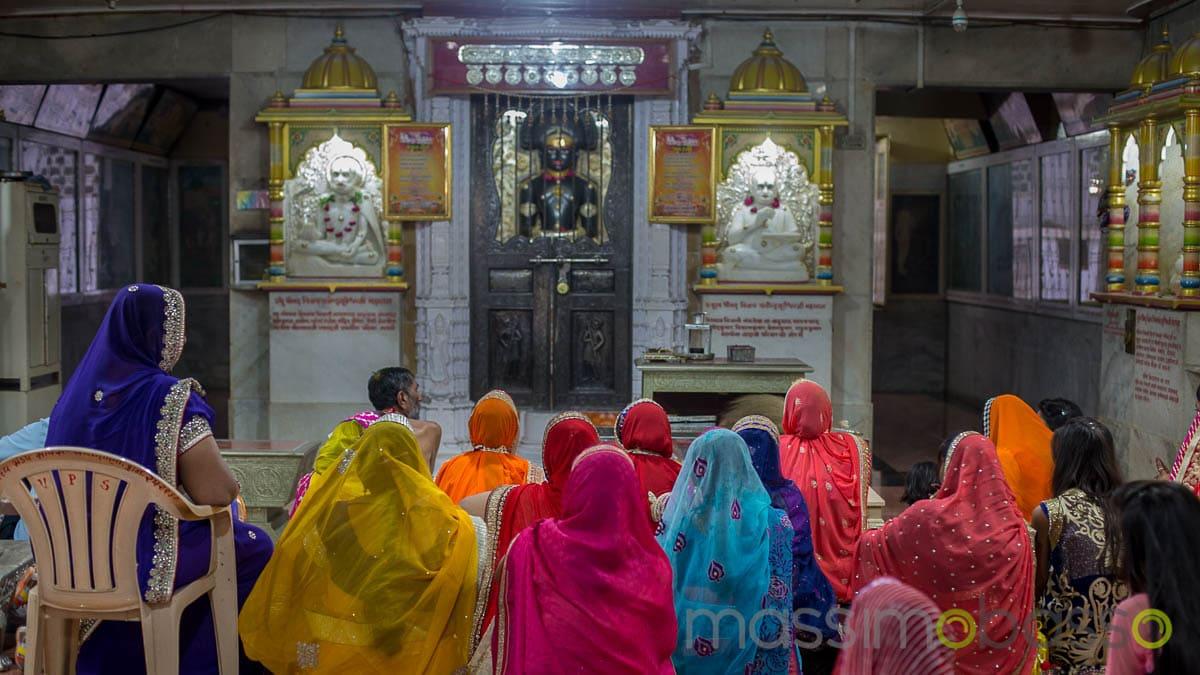 i luoghi sacri dell'induismo - nel tempio