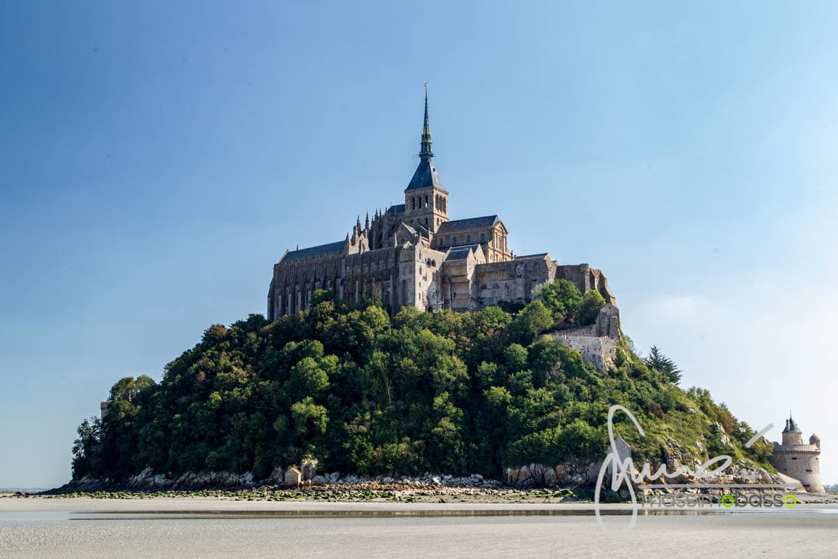 Mont Saint-Michel dalla baia