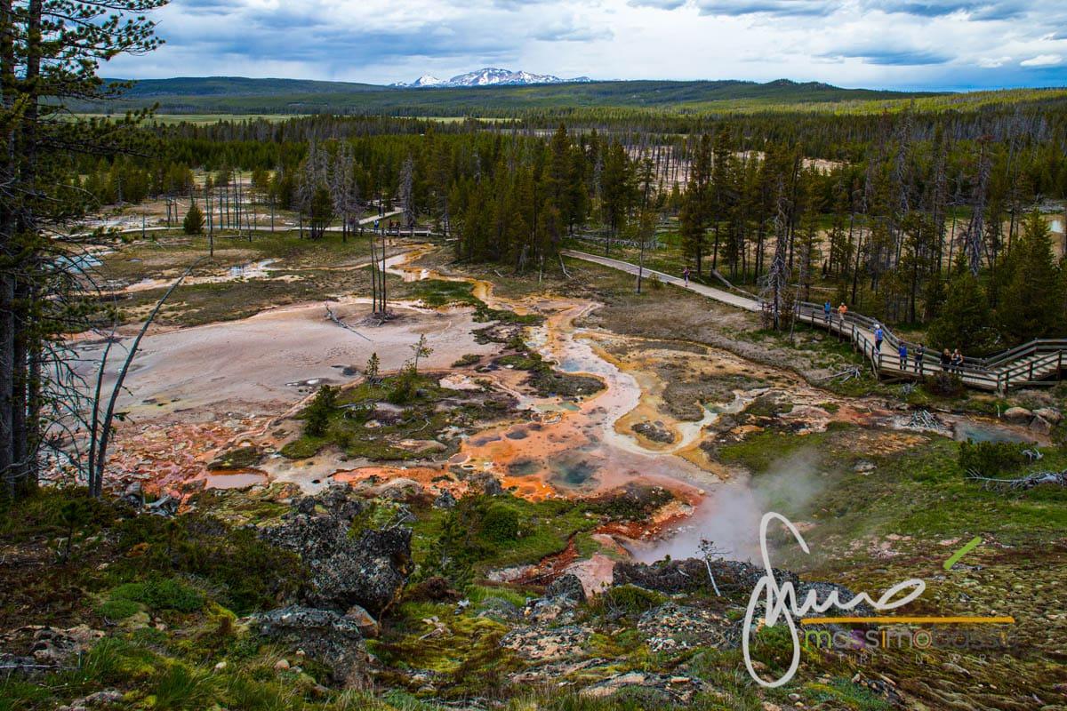 Itinerario di tre giorni per vedere Yellowstone. Painted Pots
