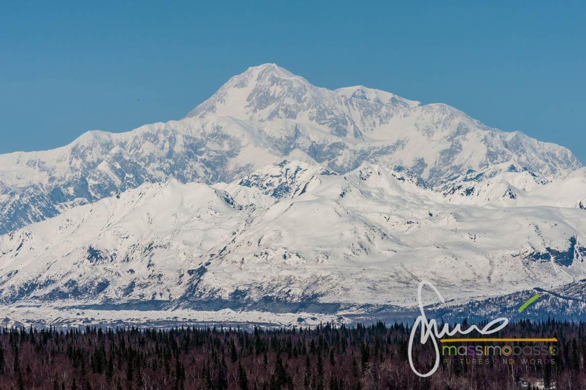 Vista del McKinley dalla Parks Highway